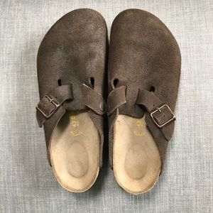 Birkenstock clogs dark brown size 10